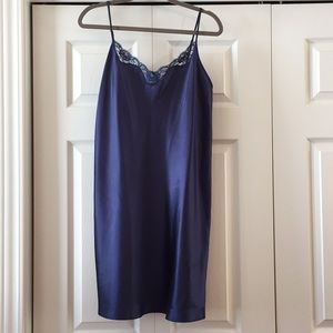 Other - 🔥NEW NWOT never worn navy blue lace nightgown
